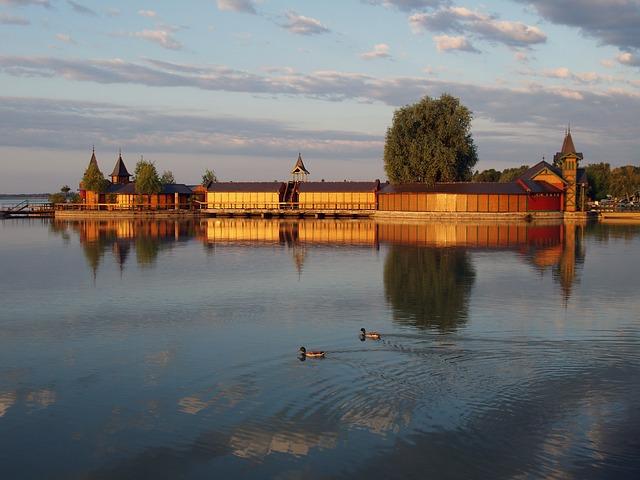 Schloss-Keszthely-am-Balaton