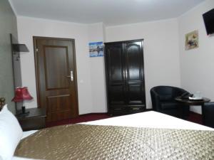 hotel marinii, bucharest (40)