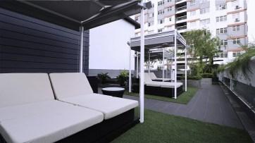 hotel pool cabana singapore
