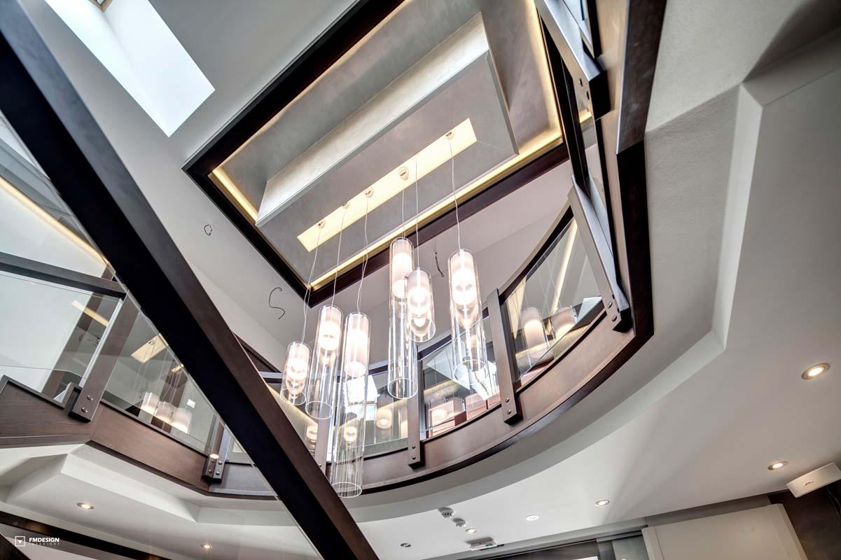 Moderny hotelovy interier chodba