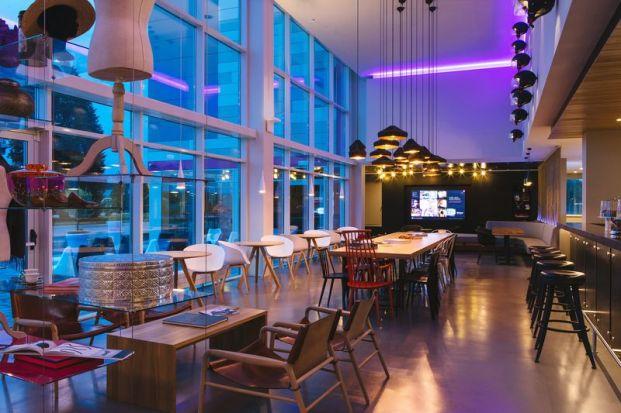 Moxy Hotel - Bar