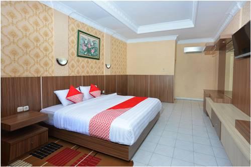 View Kamar Capital O 606 Hotel Bhinneka