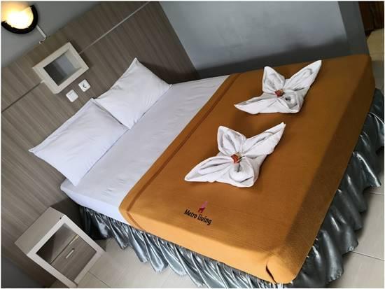 Kamar Hotel Metro Malioboro Living House