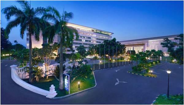 View Depan Hotel Royal Ambarrukmo Yogyakarta
