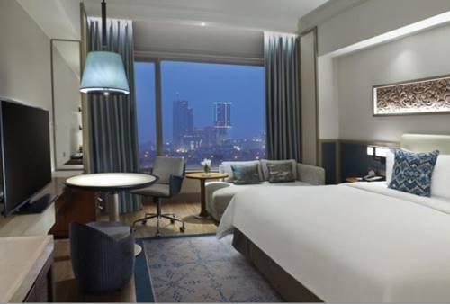 Kamar Shangri La Hotel Surabaya