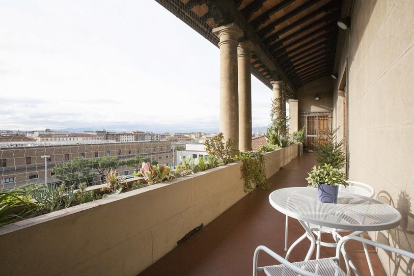 Hotels near trains   Florence Santa Maria Novella train station   La Gare Apartment