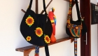bolso bordado en hilo y mostacilla - Bag embroidered in thread and mostacilla