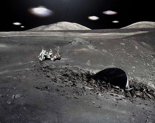 Уфологи сняли на видео огромный черный НЛО над поверхностью Луны