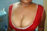sexy moti chuchi wali mami ki chudail choot ko choda