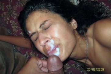 Desi MILF aunty sucking cock taking cum load on mouth pics