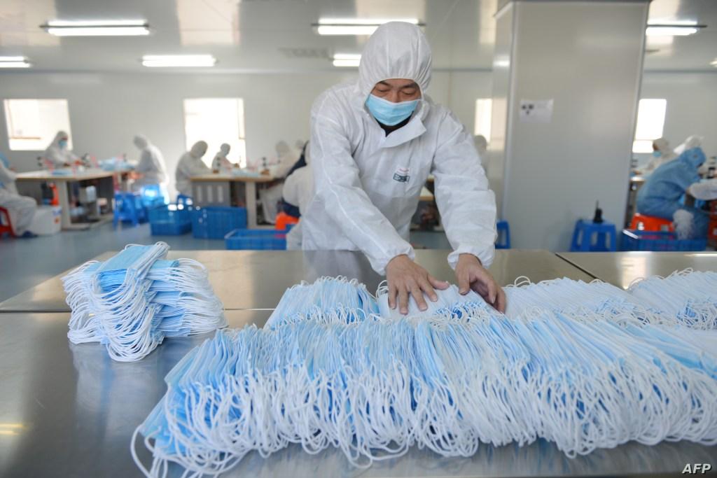 صناعة الكمامات