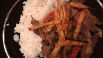 Hot Kitchen - Beef in Black Bean Sauce Recipe Demonstration
