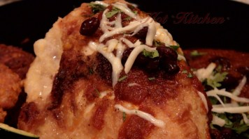 Hot Kitchen Chicken in Rojo Sauce Recipe Demonstration