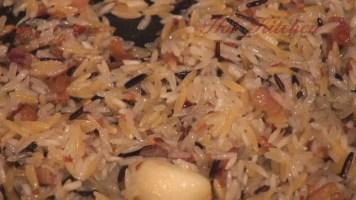 Hot Kitchen Garlic Lover's Rice Pilaf Recipe Demonstration