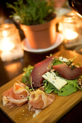Cremorne Platter - Shaved Serrano ham, poached pears and blue cheese