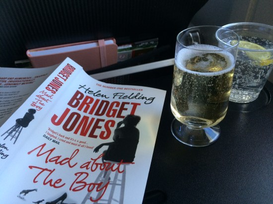 A good book with a champagne