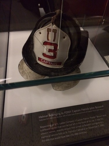 The fire chief's helmut