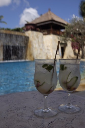 Tropical gin and tonics