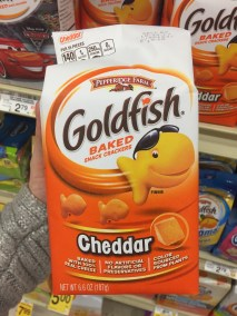 Goldfish baked cheese cracker cheddar