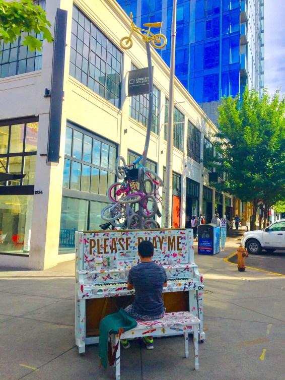 Piano Player in Portland Oregon