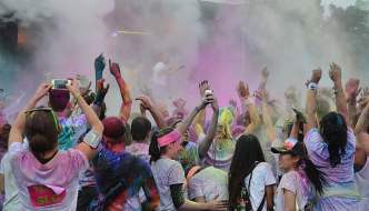 color-run-festivals-people-colorful-funny-preview
