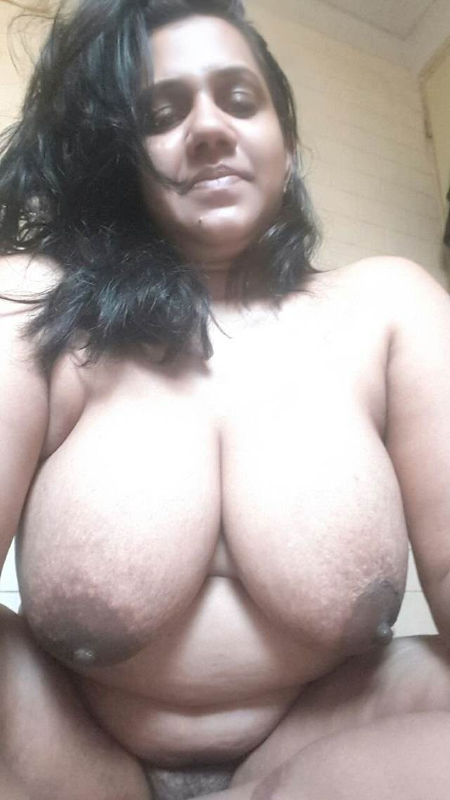 Aunty nude desi Indian
