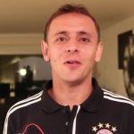 Rafinha vom FC Bayern München schaut hoTodi.tv