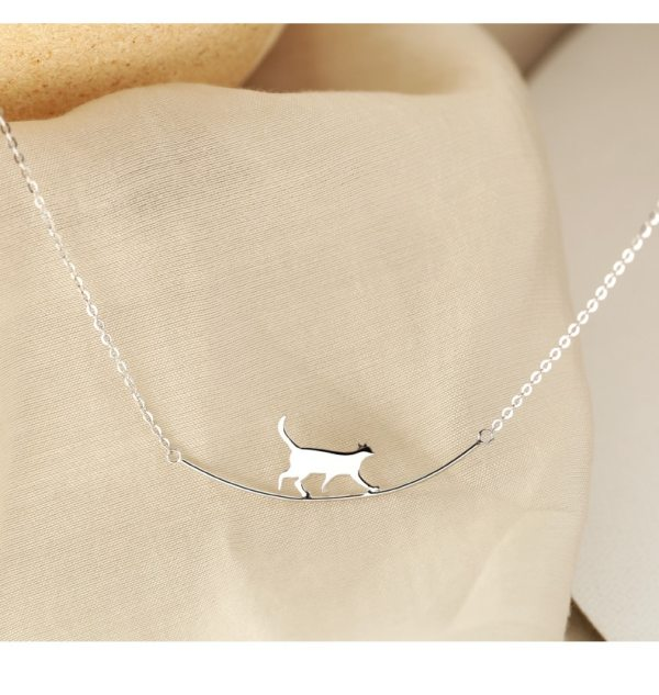 Sterling silver cat walking necklace