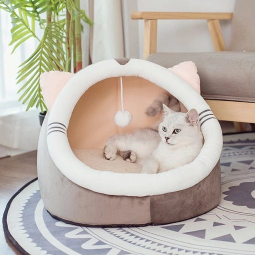 soft warm cat bed