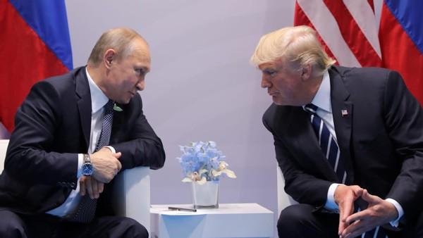 西方煽动俄内部叛乱,已被普京识破诡计,俄外长当众怒斥欧盟代表