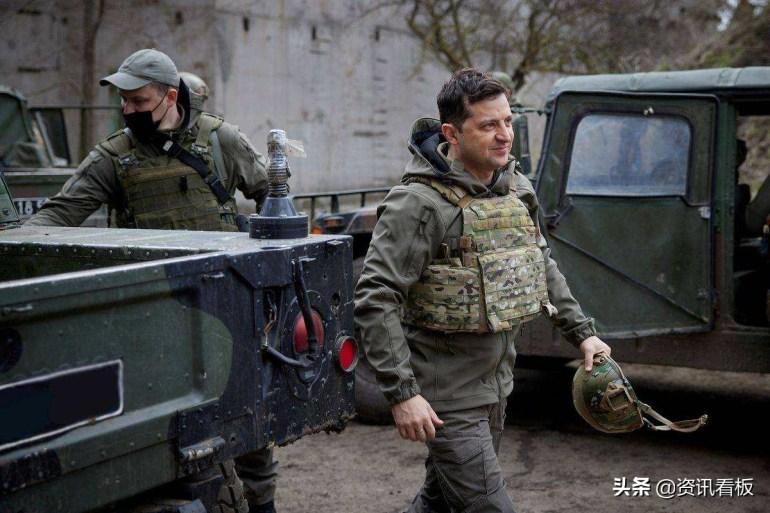 北约阴谋落空?泽连斯基用俄语向普京喊话,希望在顿巴斯面对面谈