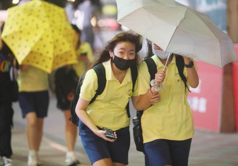 """本土""""+0""""仅一日便失守,台湾今日通报新增14例新冠肺炎确诊"""