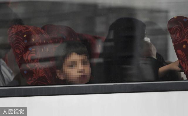 """逃往英国又成了""""现代奴隶"""",19岁阿富汗难民自杀身亡,英媒:不是个例"""