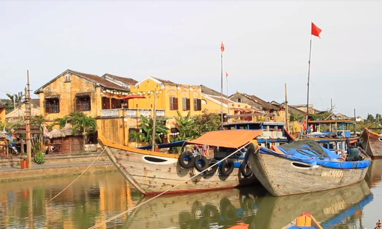 去年旅游业损失1586亿!越南拼了?计划10月向外国游客开放富国岛