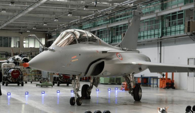 印度接收新一批阵风战机 可打击各种高原山地目标