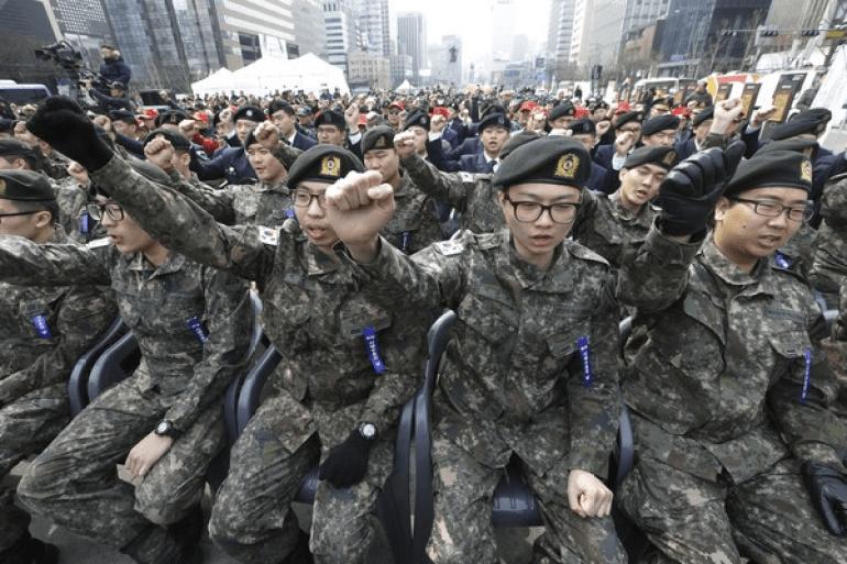 """韩国媒体评论解放军,认为存在""""巨大的弱点"""",却遭嘲讽不自量力"""