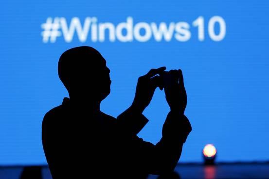 Microsoft tung video mới kỷ niệm Windows 10 vượt 1 tỷ người dùng