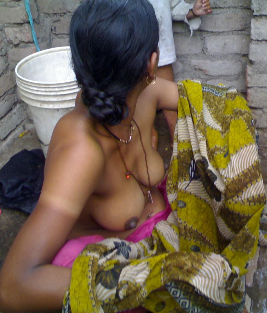 Nude indian hot girls hidden camera photos