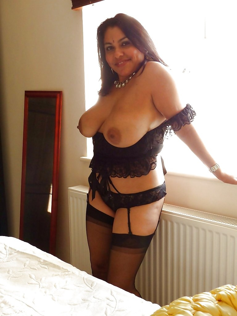 Hot mature indian women-7508