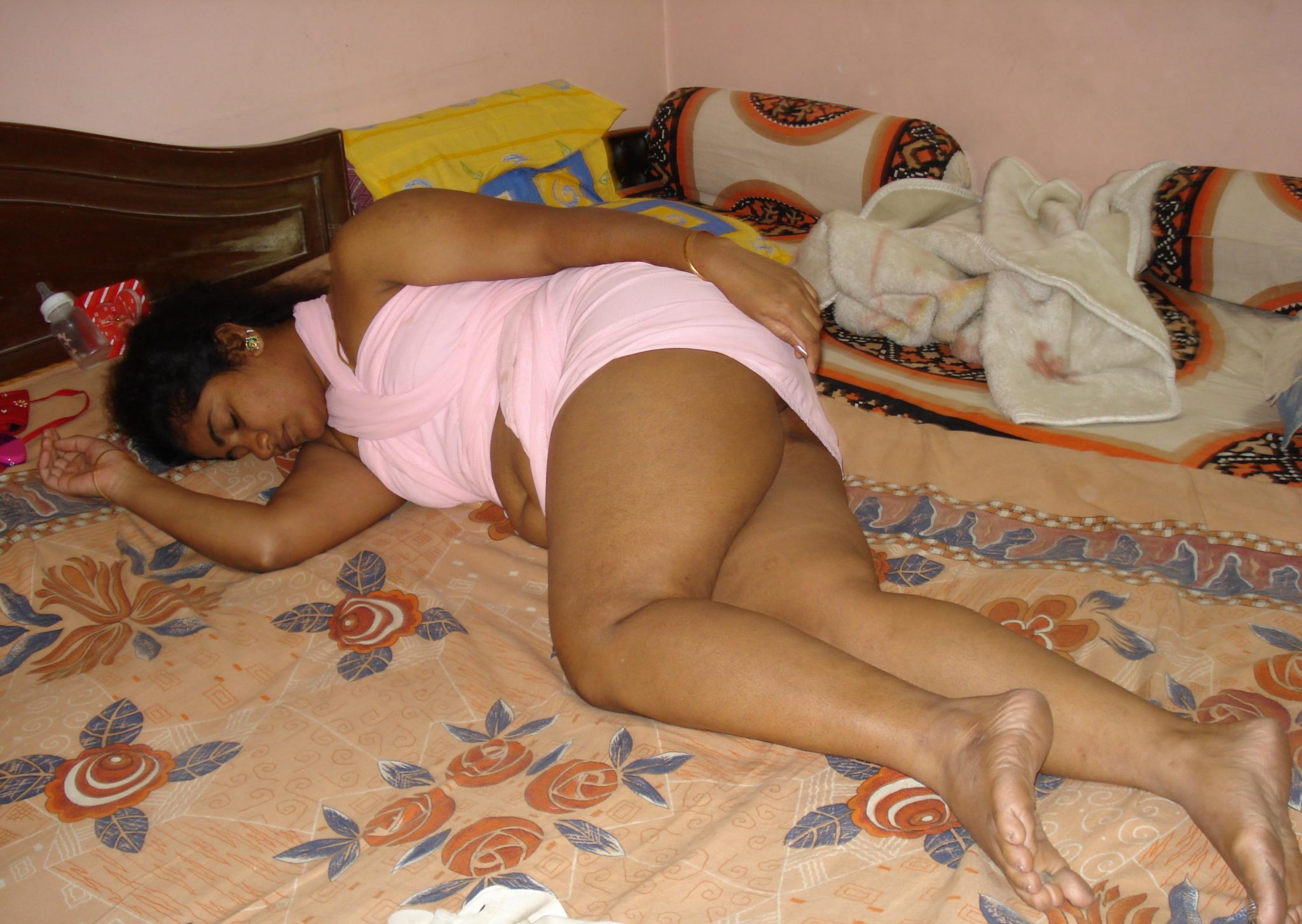 indian girls sleeping pics
