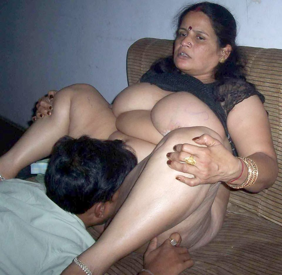 Fat naked woman spreading