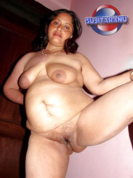 naked black big mummy cunt