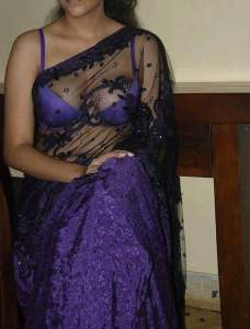 Bangla saree removing
