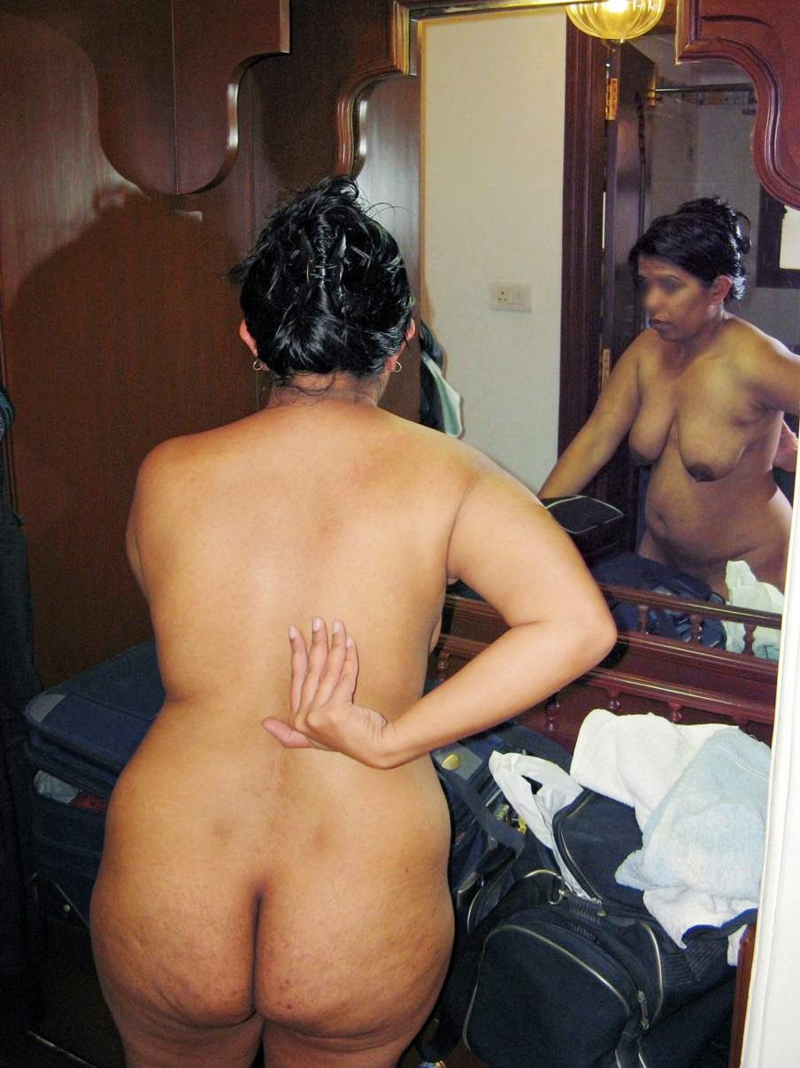 Desi Moms Sex Photos  Mummy Ki Moti Chuchi Ka Doodh Piya -6436