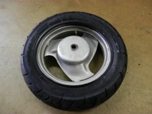 タイヤ取付け12