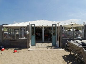 Beachclub NATUREL DEN HAAG