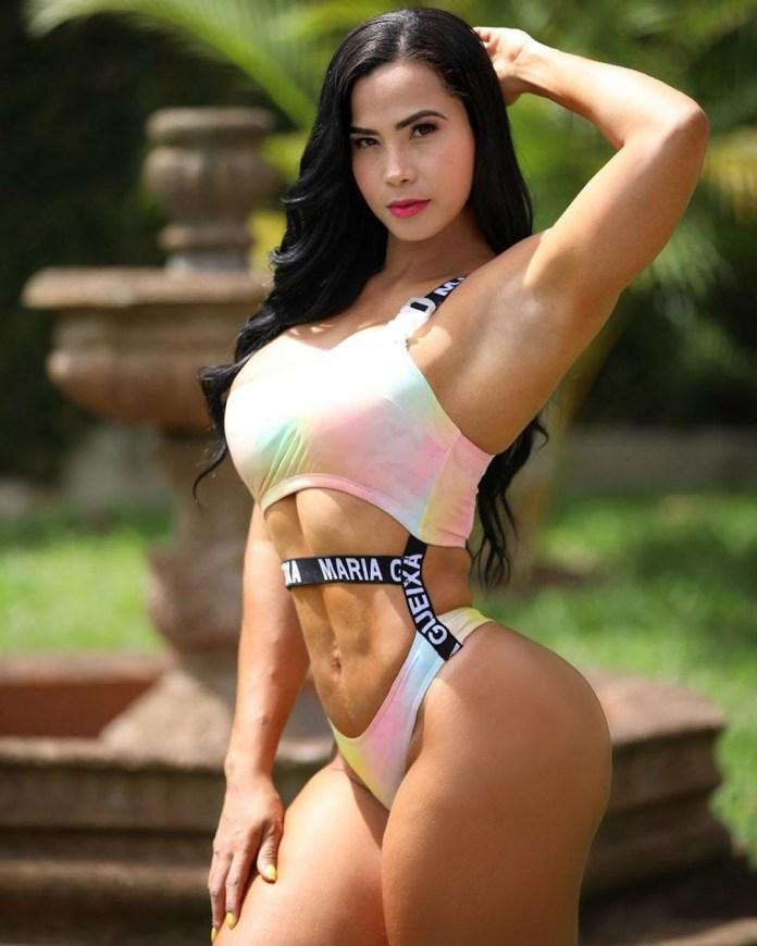 Luz Echeverría HotSweetHome.com