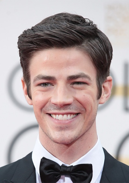 grant-gustin-short-straight-hairstyle