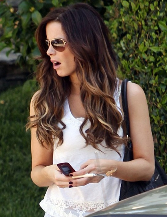 kate-beckinsale-long-ombre-hairstyle