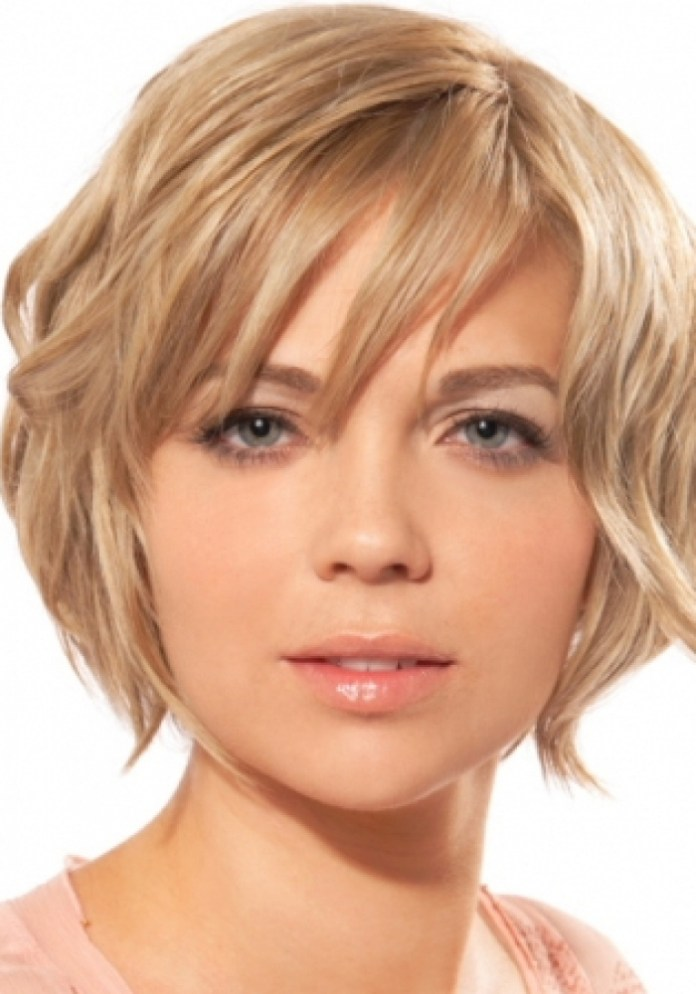 short-hairstyles-for-round-faces